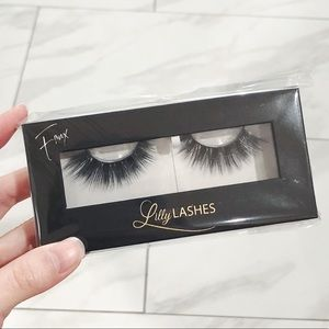 Lily Lashes in Chrysan